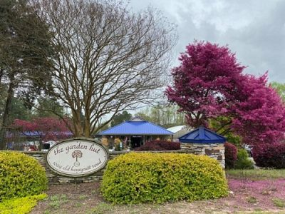 the Garden Hut is a locally-owned garden center in Fuquay-Varina NC